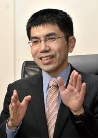 講師:行政書士 小澤信朗氏
